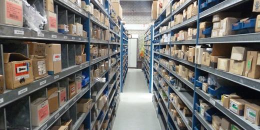 Santpoort-technische-handel-magazijn